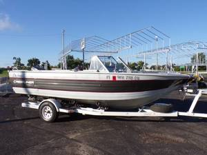 1986 Crestliner Calypso II Boat with trailer and 150 HP Johnson Motor
