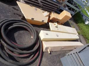 "5 Boat Gas Tanks and 1 1/2"" Gas Hose"