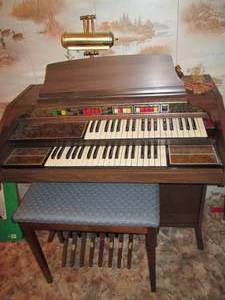 Thomas Playmate Organ With Bench...