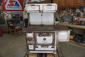 Monarch Vintage Wood Cook Stove