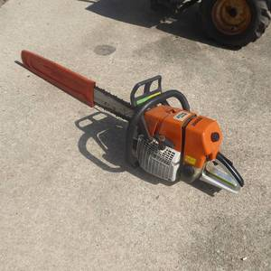 Stihl MS660 Chainsaw with 3' Blade