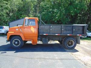 Ford 700 Single Axle Dump Truck