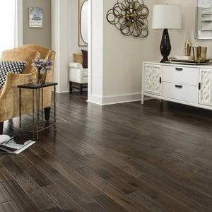 LOT WITH 11 CASES OF BLUE RIDGE HARDWOOD FLOORING Hickory Heritage Grey Hand Sculpted 3/4 in. Thick x 4 in. Wide x Random Length Solid Hardwood Flooring (16 sq. ft./case) SEE PICS!