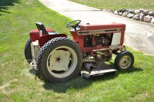 "International 184 Lo-Boy Tractor w/ 72"" Hydraulic Mowing Deck and Turf Tires -  See Video"