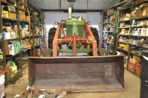 "1956 John Deere 70 GAS Tractor w/ Power Steering and Full Hydraulic Loader - 84"" Bucket"
