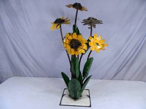 New Handmade Recycled Metal Garden Art Large Sunflower - See desc