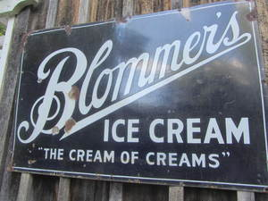 Blommers Ice Cream Sign