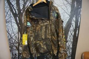 Scent Blocker Plus Insulated Real Tree Hardwoods Hooded Jacket