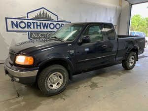 2000 Ford F-150 4x4 -No Reserve-