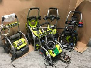 LOT WITH RYOBI PRESSURE WASHERS! DIFFERENT SIZES! CUSTOMER RETURNS SEE PICS!