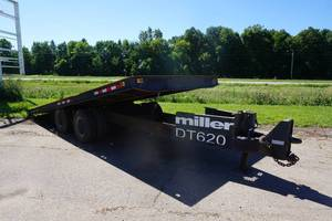 1982 Miller Model DT620 HD 20' Tandem Axle Deck Over Tilt Bed Equipment Trailer