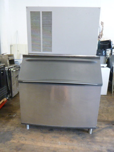 Scotsman Ice Machine with Bin