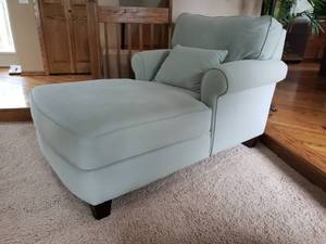 Pale Robins Egg Blue Rolled Arm Chaise Lounge