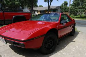 Mint Condition Low miles 1984 Pontiac Fiero
