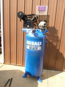 Kobalt 60 gallon 220 volt air compressor. Nearly new. Has minor scratches. Needs to be wired. Tested & works. As shown.