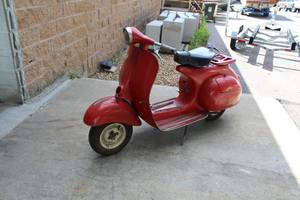 1963 Sears, Roebuck and Co. Allstate Cruisaire Vespa Scooter 788.94330