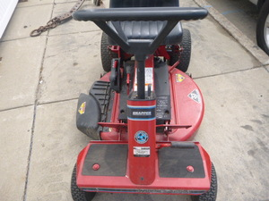 Snapper SR 1433 Riding Lawn Mower