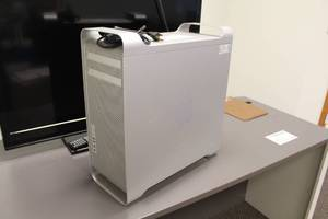 Apple Mac Pro Computer Desktop A1209 with Windows 7 Pro