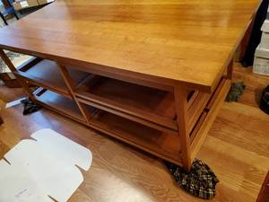 HARDWOOD DISPLAY/BUSINESS/HOME TABLE