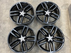 Set Of (4) Audi Q7 Wheels