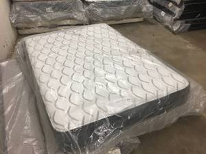 Brand New Sealy Response Performance Attendance Plush Full Mattress