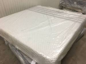 Brand New Quilt Top Memory Foam King Mattress