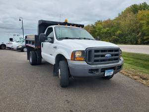 2005 Ford F-350 with Dump Bed - 1FDWF37075ED17499