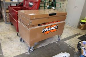 Knaack Rolling Metal Job Box