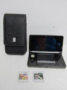 Nintendo 3DS w/Case & 2 Games - Super Smash Bros & Luigi's Mansion