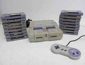 Super Nintendo SNES Video Game System w/Games