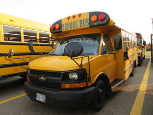 2005 MID SCHOOL BUS