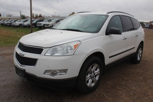 2011 Chevrolet Traverse LS - 2 OWNERS