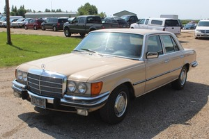 1973 Mercedes 450 SE - Very Clean Car -