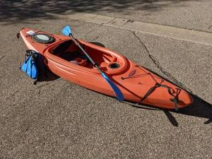 Viper Kayak with Paddle and Life Vest