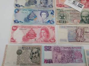 Foreign Currency from 70's & Early 80's *** NO RESERVE ***