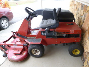 Toro ProLine 118 Riding Lawn Mower