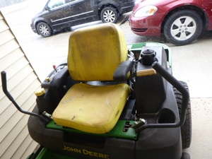 John Deere 757 Riding Lawn Mower