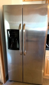 Fridgidaire Stainless Steel Side by Side Fridge