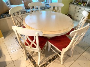 Beautiful White Washed Pedestal Dining/Kitchen Table w/ Six Chairs