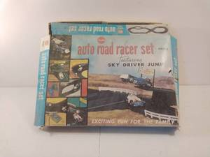 Vintage Auto Road Racer Set