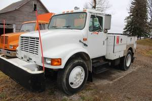 1995 Navistar International 4700 Service Truck