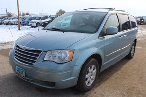 2009 Chrysler Town & Country Touring 136,747 miles!!!  - 2 Owners