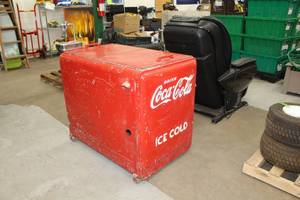 Extremely Rare Vintage Coca-Cola Ice Cold Commercial Electric Cooler with Water Fountain assembly