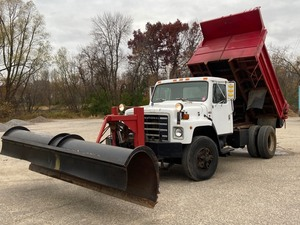 International Dump Truck With Plow