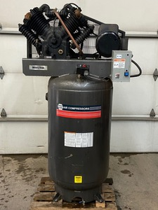Napa Upright Air Compressor