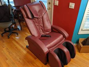 Elite Optima Multi-Function Massage Chair ( Fully functional  In great condition)