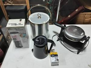 Smoothie Maker, Ice Bucket, Waffle Maker, Keurig Coffee Pot
