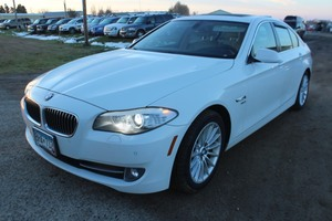 2012 BMW 5 Series 535xi AWD - 2 Owners -