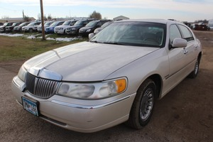 2000 Lincoln Town Car Cartier - 2 Owners