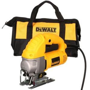 5.5 Amp Corded Jig Saw Kit by DEWALT in good condition